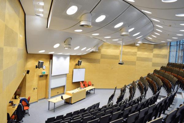 sala wykładowa uniwersytetu